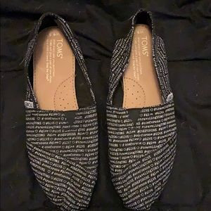 Black Toms with Words